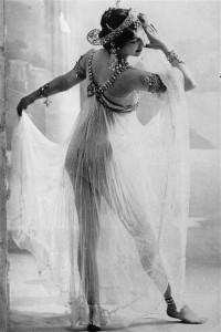 mata dancing